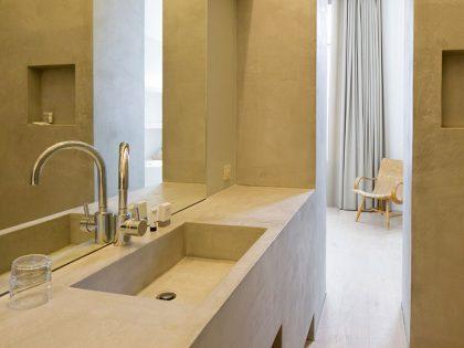 モールテックス施工事例・大きな洗面台、壁