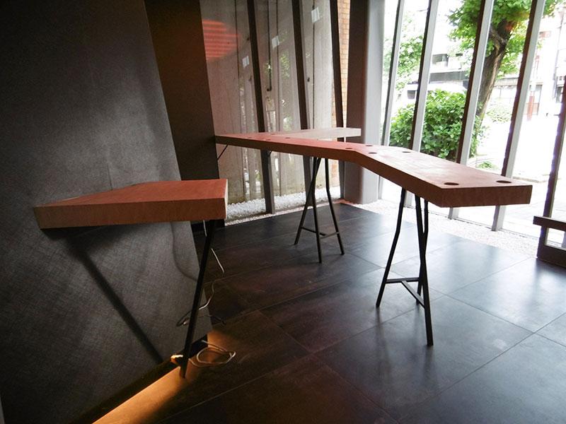 京都かるたホテルのカウンター5(株式会社ARACO)|モールテックス施工事例