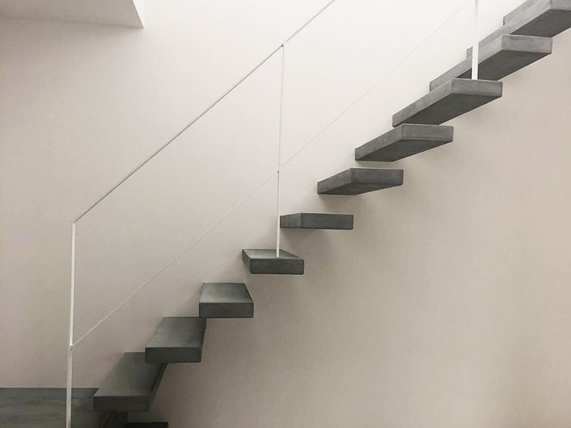 意匠施工・階段1(w8w)|モールテックス施工事例