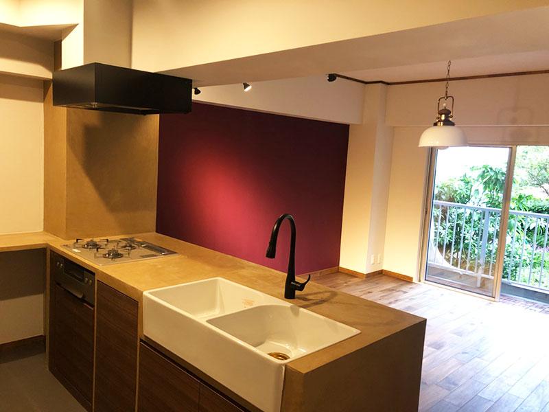 葉山エコーハイツのキッチン(モールテックス施工事例)|株式会社アートモリヤ